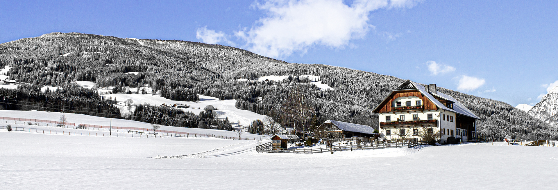 Restlhof_weiße Berge_WEB